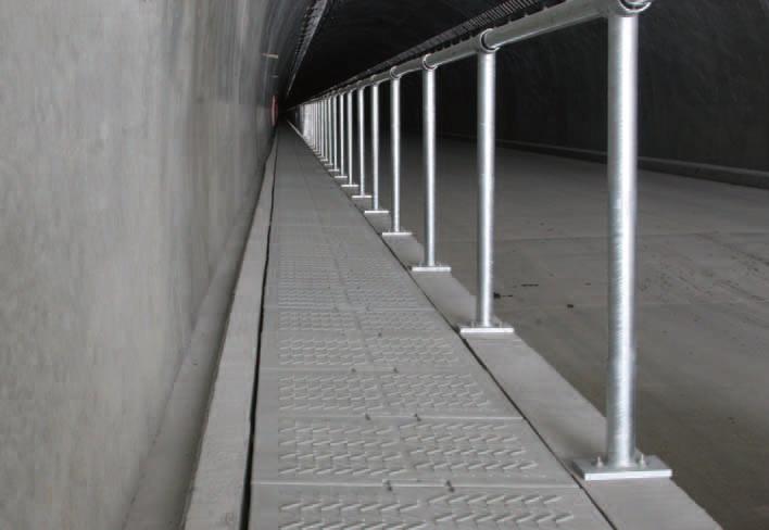 トンネル監査路軽量ダクト:軽量・防錆・難燃