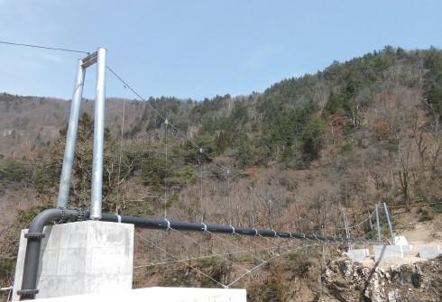 施工例(吊り配管)