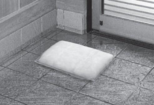 膨張により室内への浸水を防ぐ
