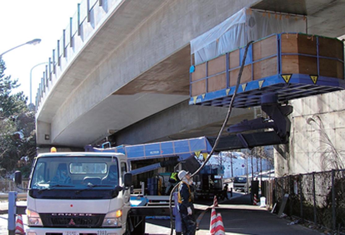 施工事例 横浜横須賀道路朝比奈第一高架橋床版補修工事
