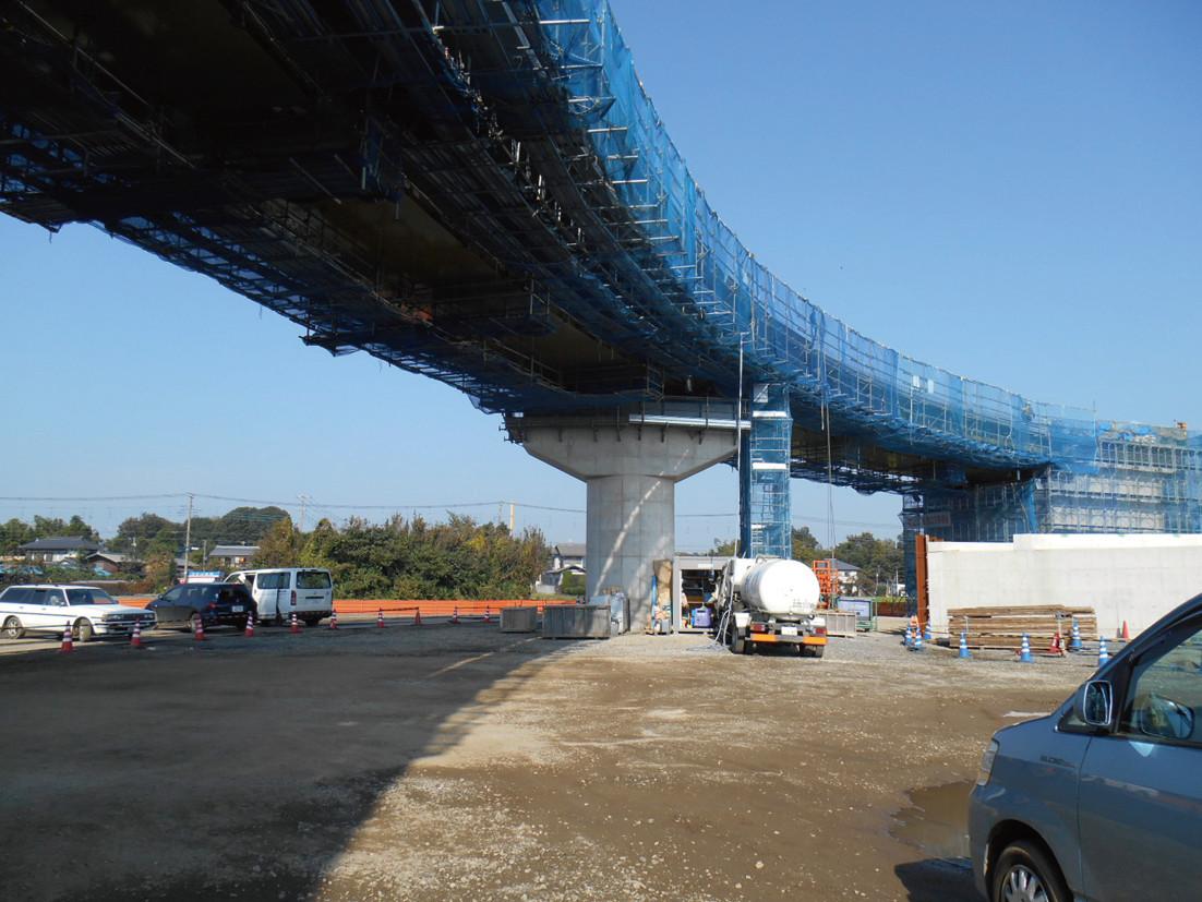 高速道路橋上部工事風景