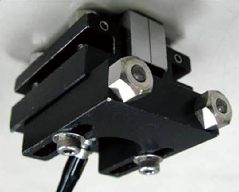 鋼床版SAUT専用探触子ホルダー