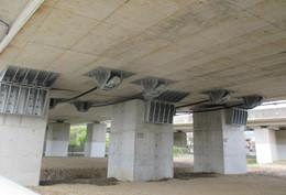 タナカ-AZ 高架橋の落橋防止装置の採用例