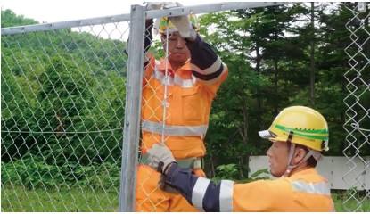 吊り金具による吊り下げ式MPRO®スイングドア