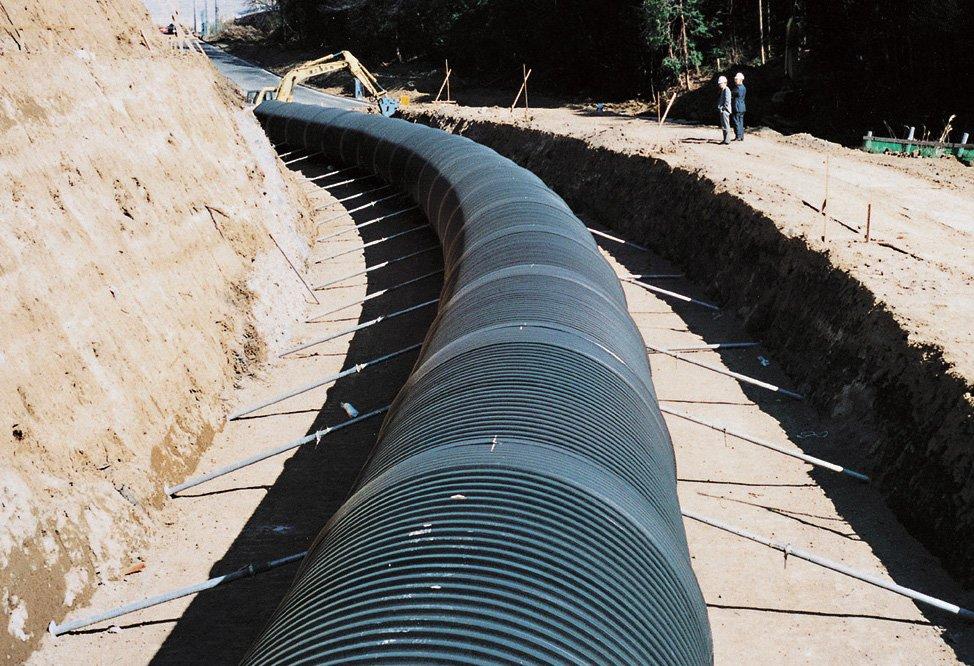 継手による管路の曲げ施工