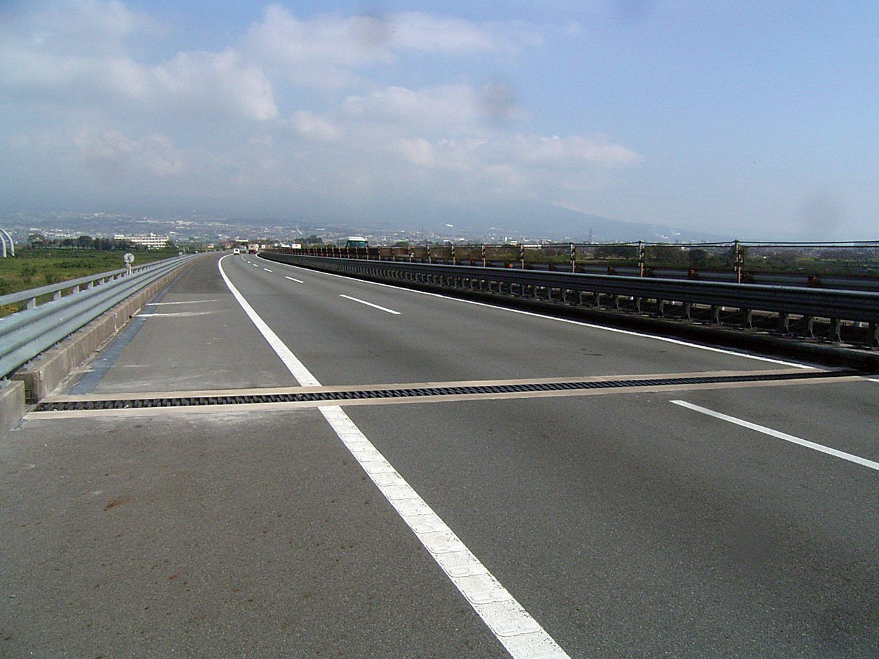 東名高速道路 富士川橋