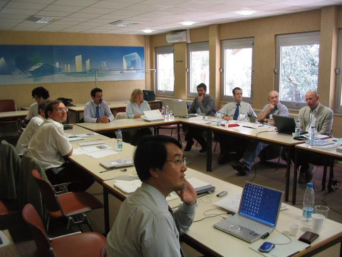 写真-2 IFC-Bridgeの会議