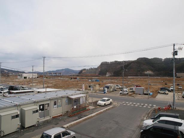 津波で壊滅的な被害を受けた市街地