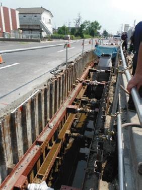 写真-1 市街地液状化対策事業として神栖市で実施されている地下水位低下工事