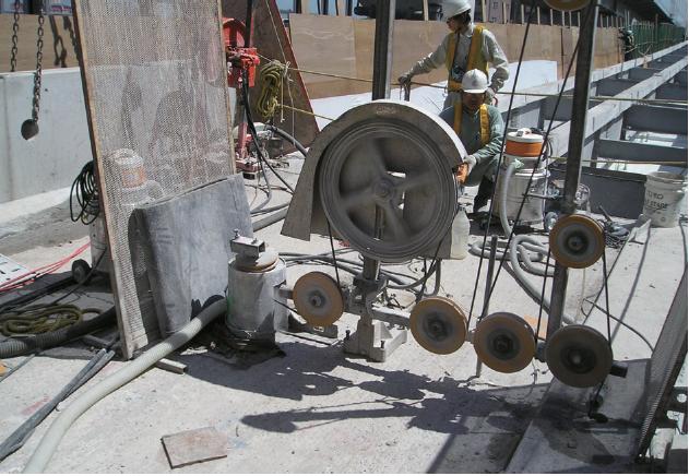 乾式ワイヤーソーイング工法